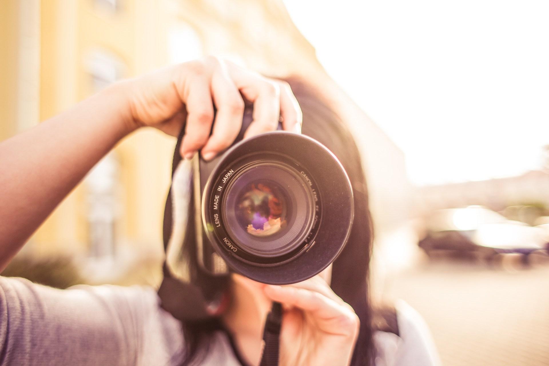 Focusing a camera